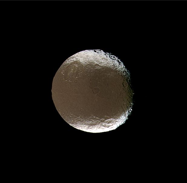 Iapetus ou Japet- satellite artificiel extraterrestre de Saturne. dans Espace iapetus_003